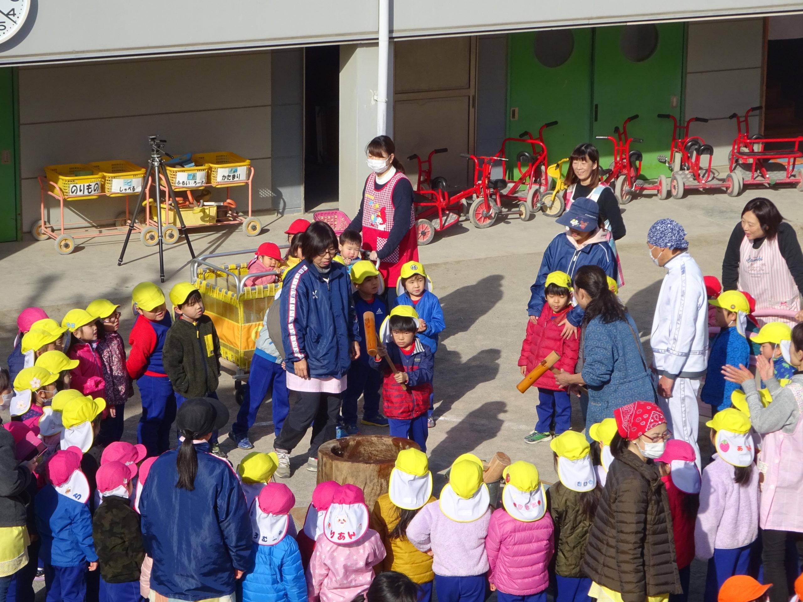 くまの幼稚園 もちつき大会